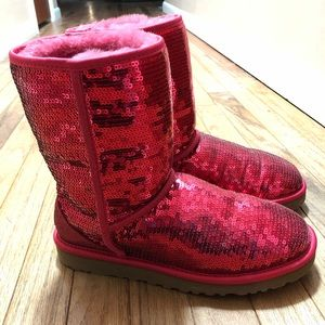 Women's size 8.4 sequined uggs